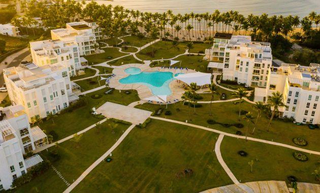La Ensenada Beach Residences