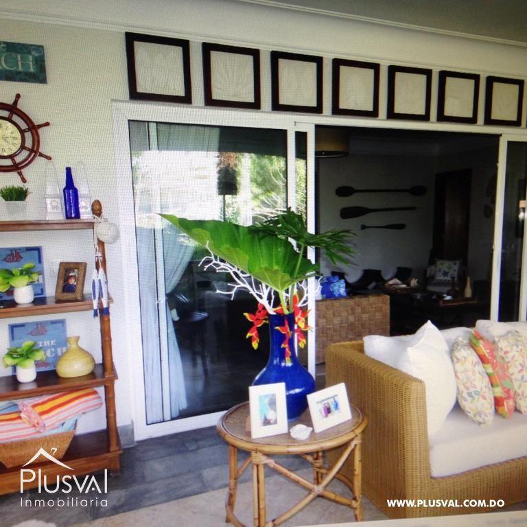 Amplio y luminoso apartamento, excelente ubicación en primera linea de playa con terraza y jacuzzi 176037