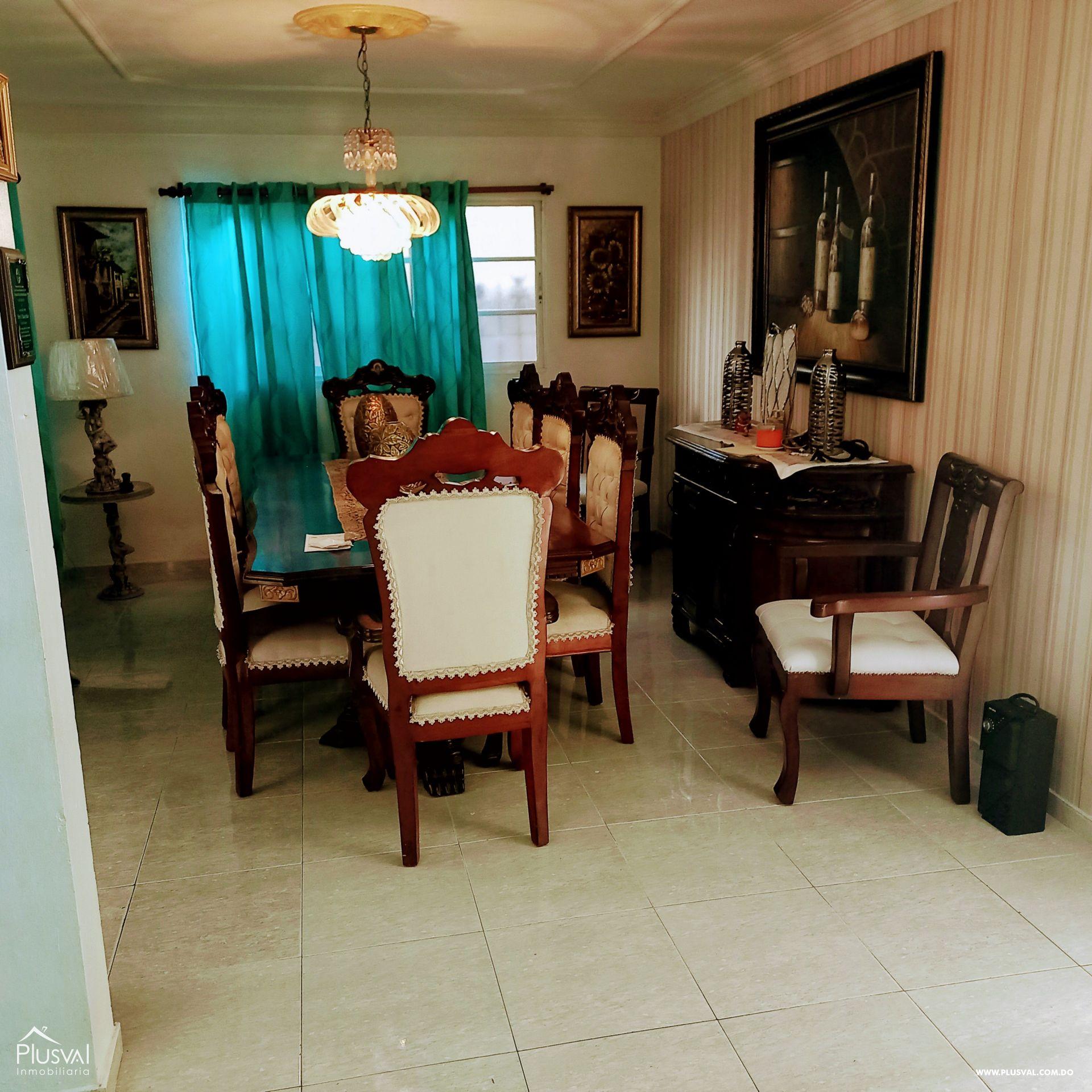 Casa de dos nivel Santo Domingo Este 189585