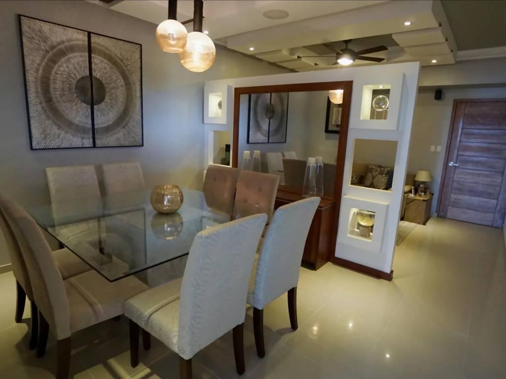 Apartamento en alquiler amueblado paraiso 12368 for Juego terraza jumbo
