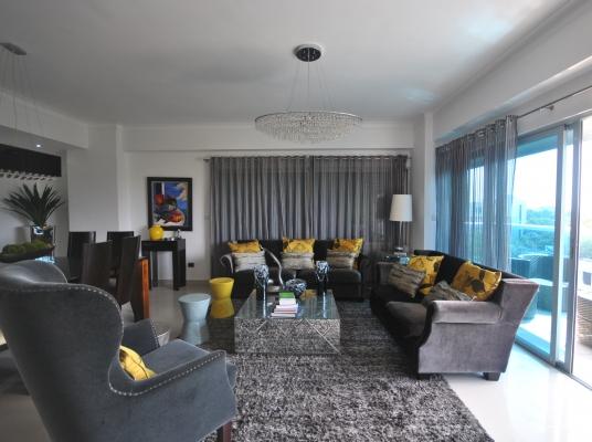 Apartamento en alquiler amueblado con excelente vista, Gazcue