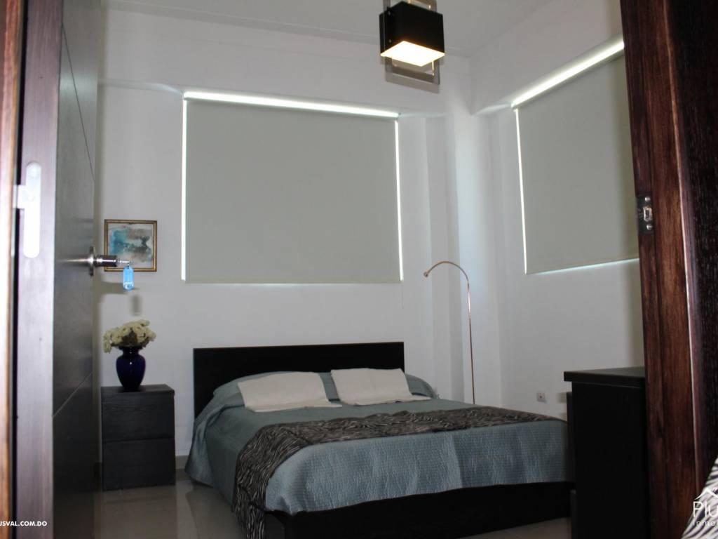 Apartamento amueblado en alquiler serralles 13719 for Juego terraza jumbo