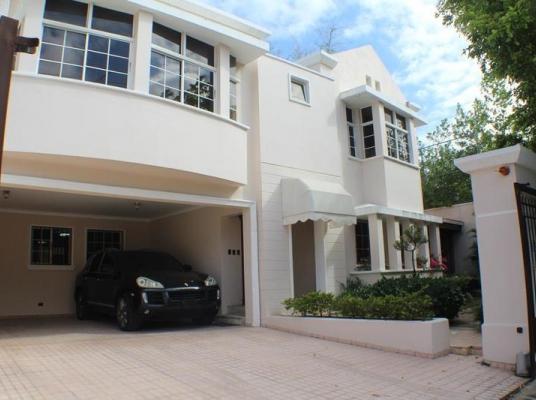 Casa en venta, Los Cacicazgos