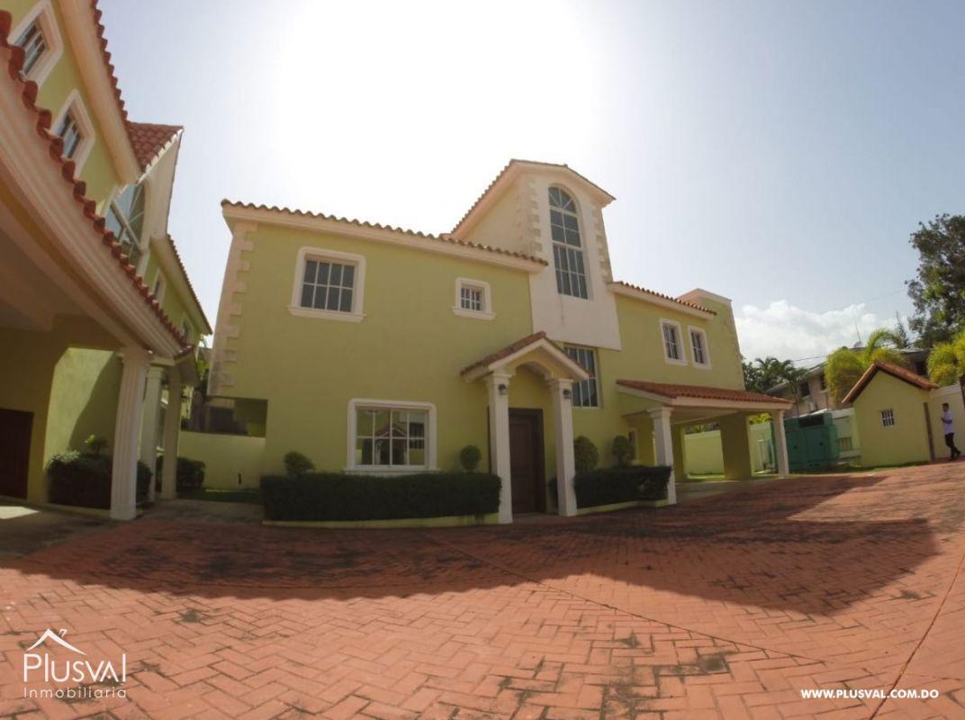 Casa en alquiler, Altos de Arroyo Hondo lll