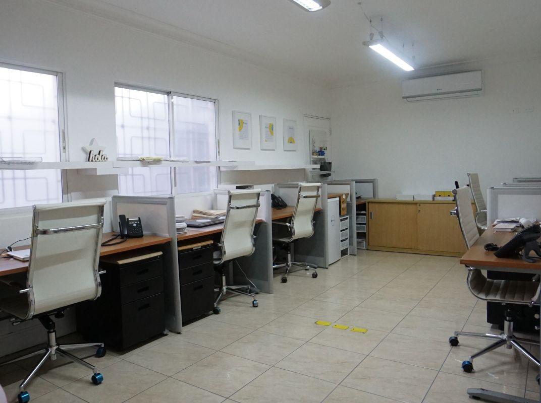 Local ideal para su negocio en el Mirador Norte