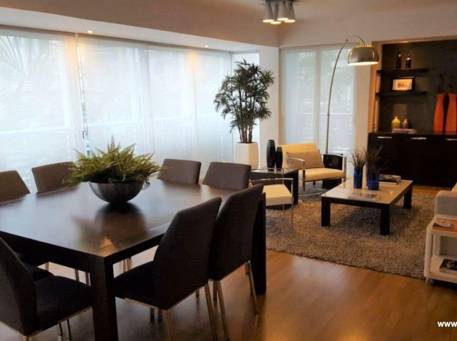 Moderno y amplio apartamento en Venta, Serralles
