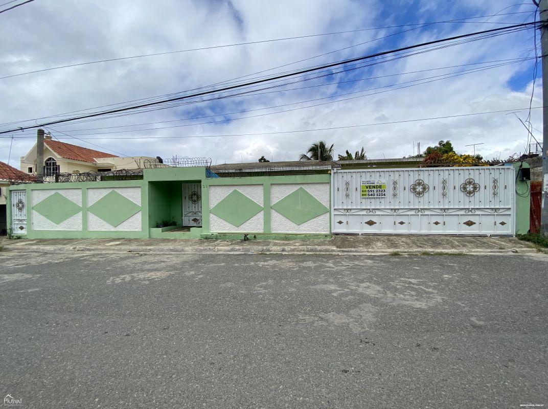 Se vende Casa en Los Frailes 1ero