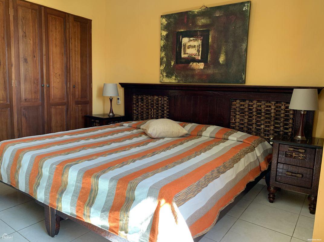 Apartamento de una habitación en Gazcue amueblado en venta.