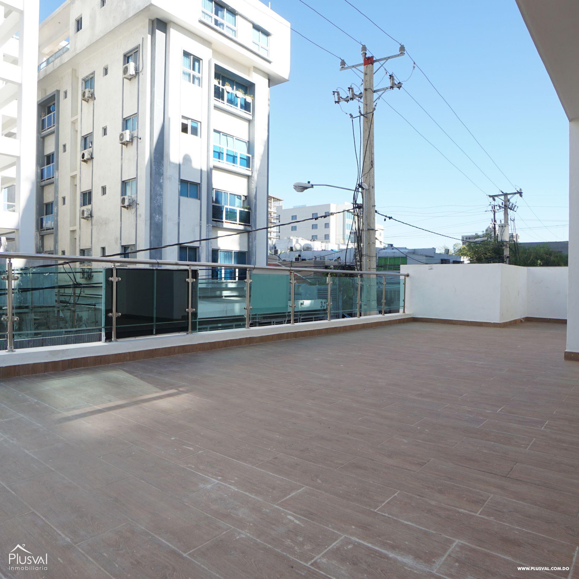 Apartamento de 2 habitaciones con terraza en perfecta locación de Evaristo Morales