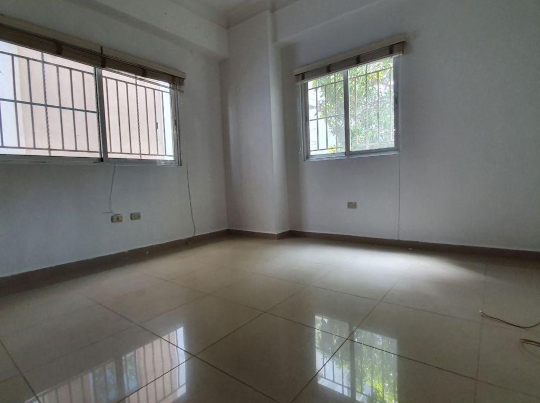 Apartamento en venta en Evaristo Morales
