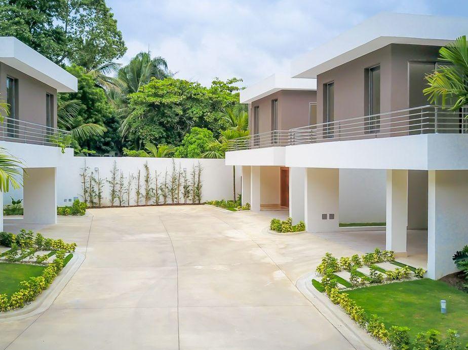 Proyecto de casas en construcción en buena zona de Cuesta Hermosa III