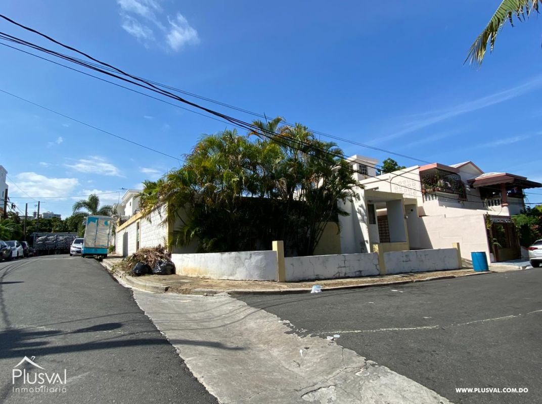 Casa en venta en el sector de Enriquillo, KM 9 Avn. Independencia