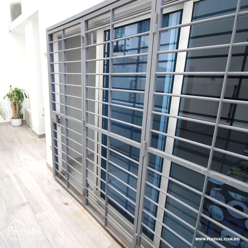 Apartamento en alquiler con terraza en Paraiso