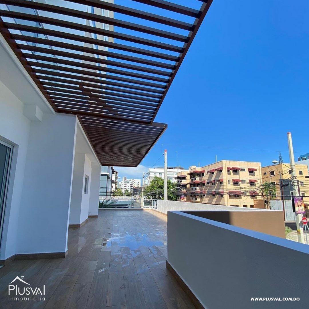Apartamento en venta con amplia terraza