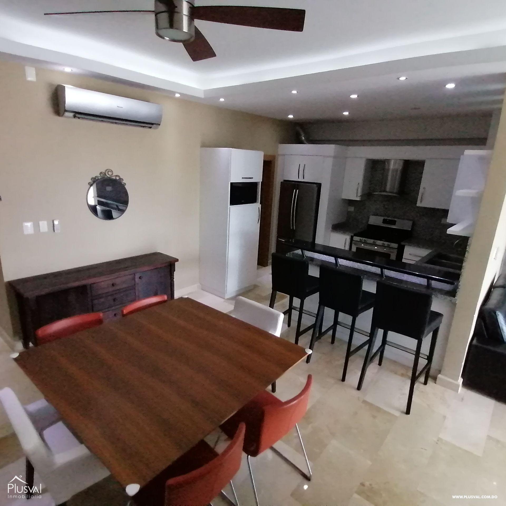 Apartamento en alquiler amueblado con cuarto de servicio en la esperilla