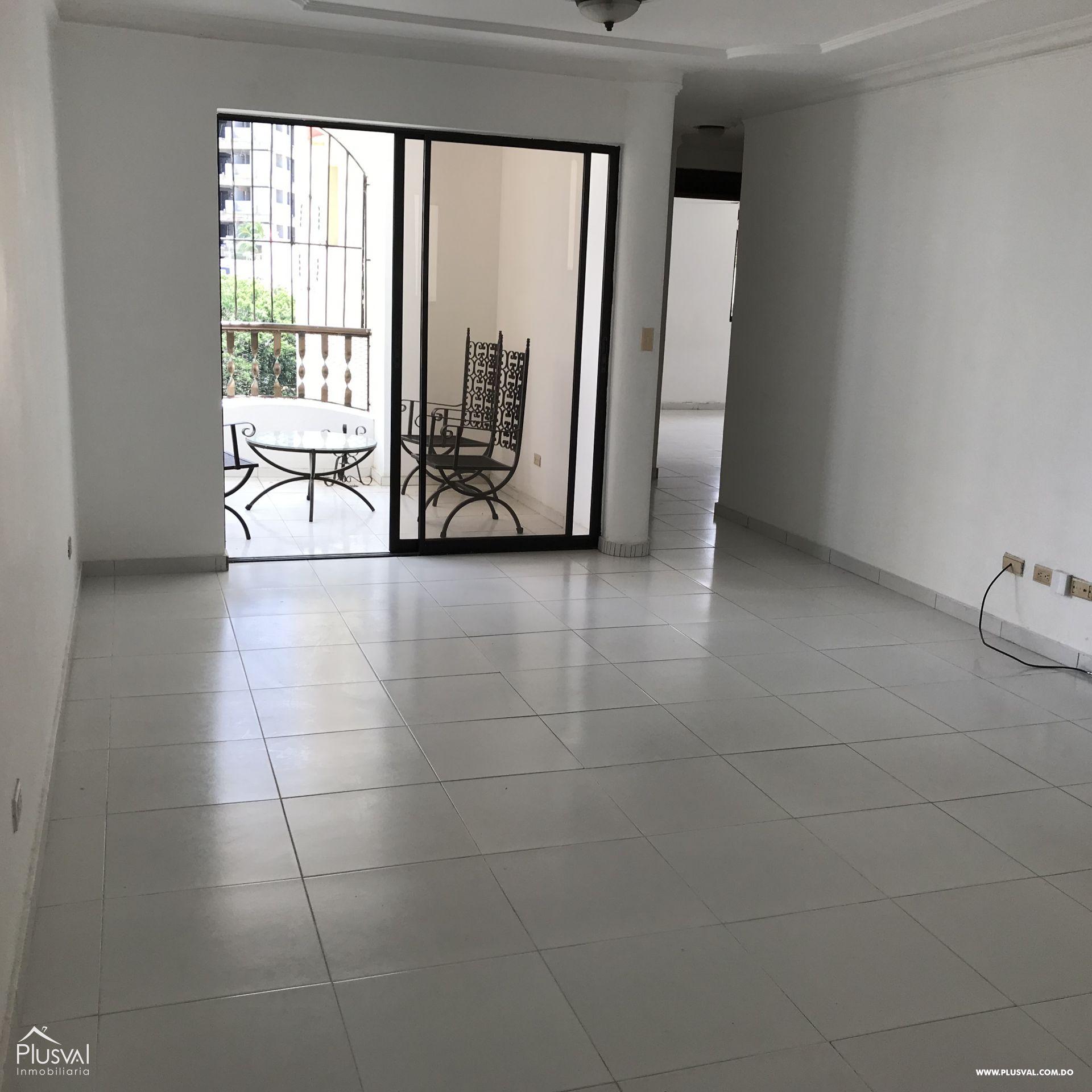 Apartamento en venta en el sector de serralles de buena distribución e iluminado