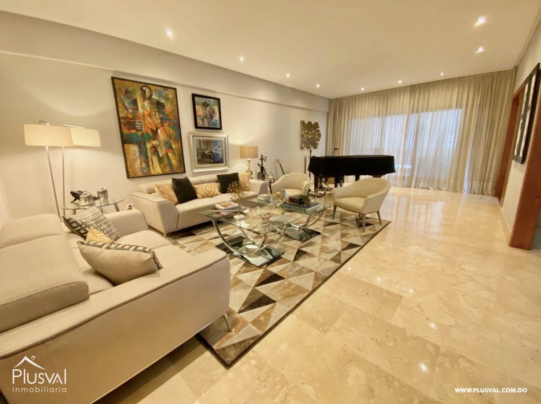Apartamento en alquiler, en el corazón de Piantini