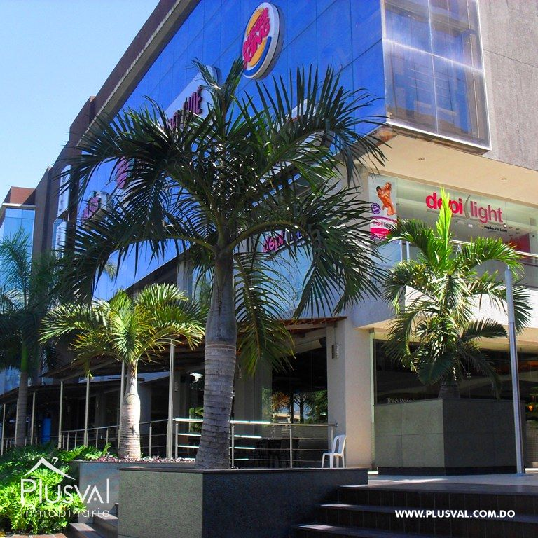 Local Comercial Disponible para renta en Bella Terra Mall