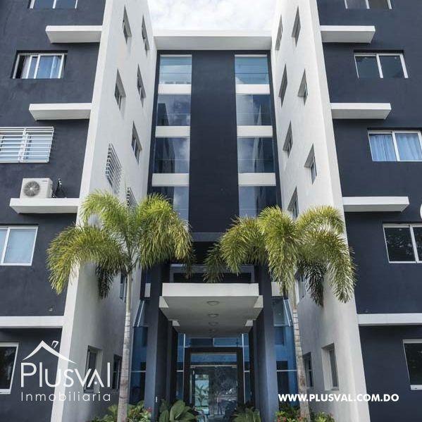 Amplio Apartamento en Venta en Proyecto Privado 143218