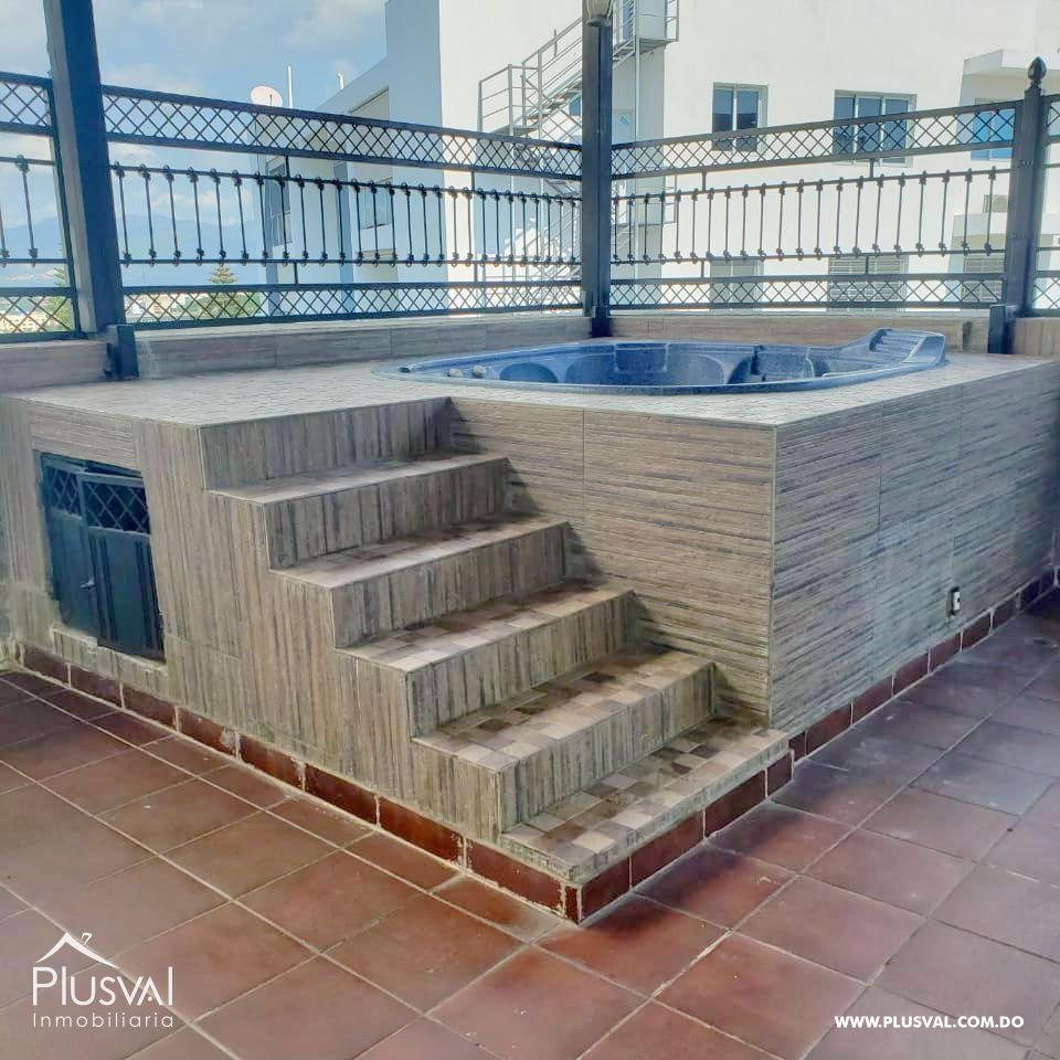 Apartamento en Venta en La Trinitaria con terraza y jacuzzi