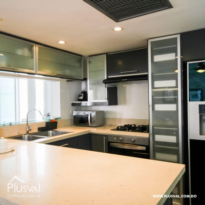 Apartamento amueblado en alquiler con excelente ubicación en la Zona Colonial