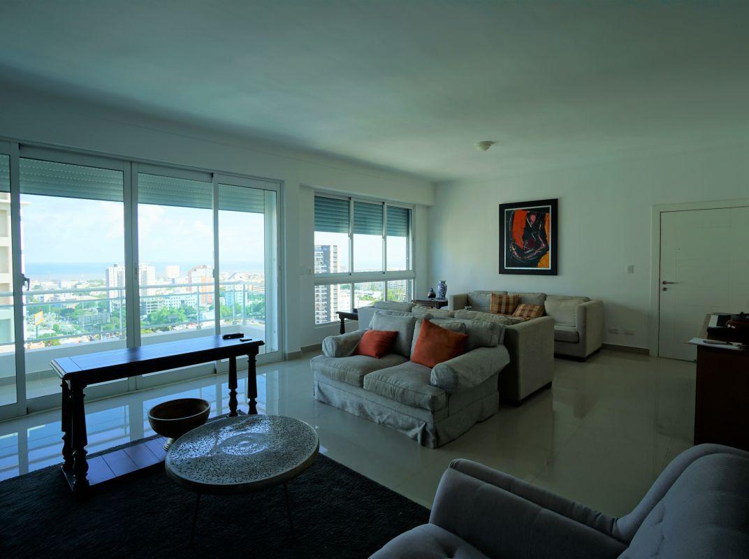 Hermoso apartamento en venta La Julia