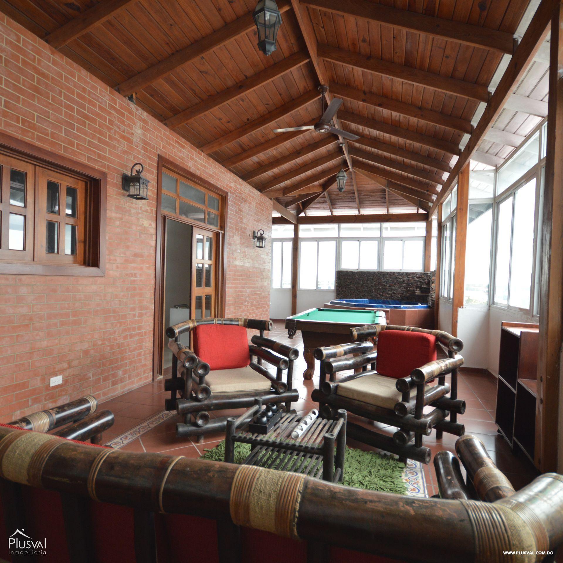 Bonito Penthouse en el Residencial Melissa VI