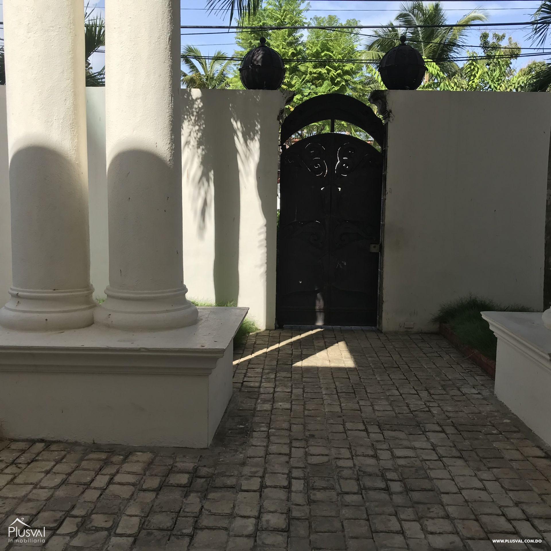 Casa alquiler en Cacicazgos 147026