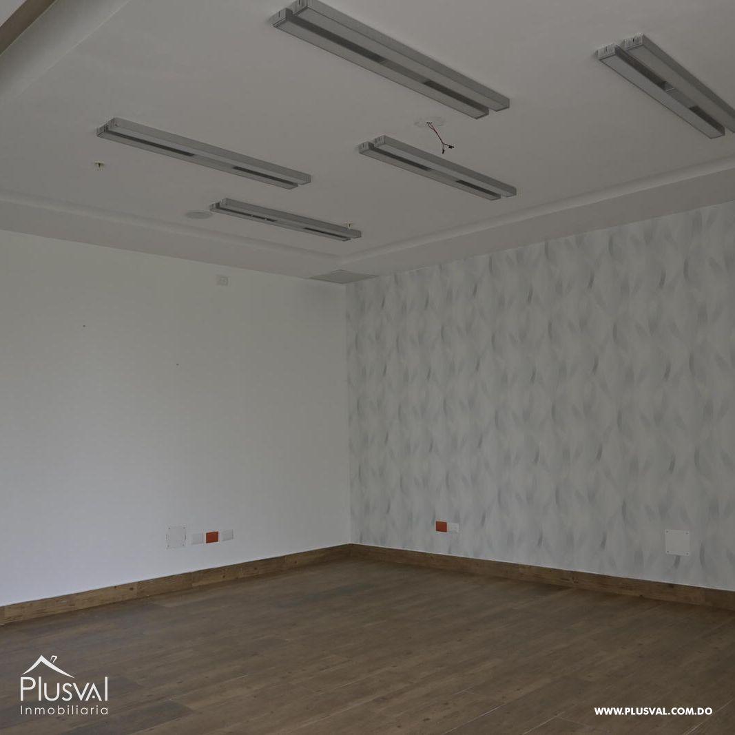 Edificio en alquiler en el sector de piantini , en excelentes condiciones 147152