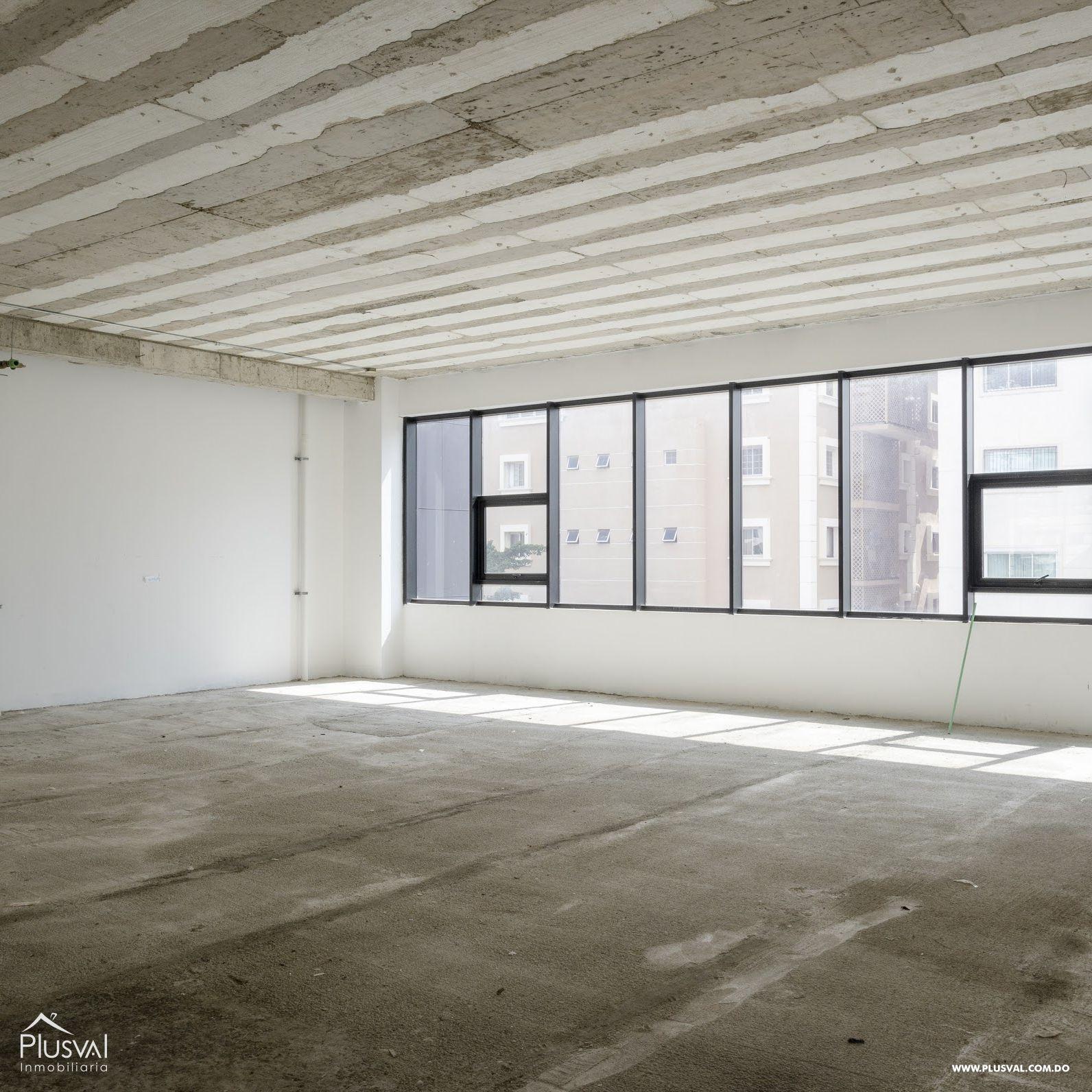 Edificio corporativo con espacios en alquiler en Avenida Abraham Lincoln 147321