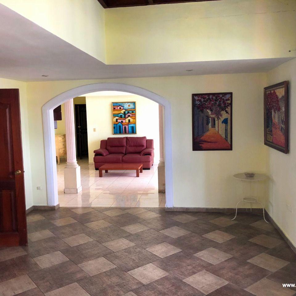 Penthouse en venta, Evaristo Morales 148157