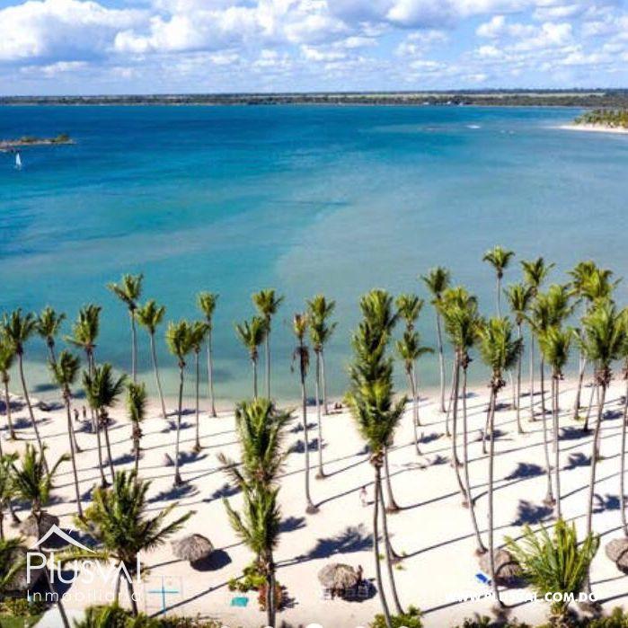 Apartamento de 2 habs en venta, en primera linea de playa La Romana 148320