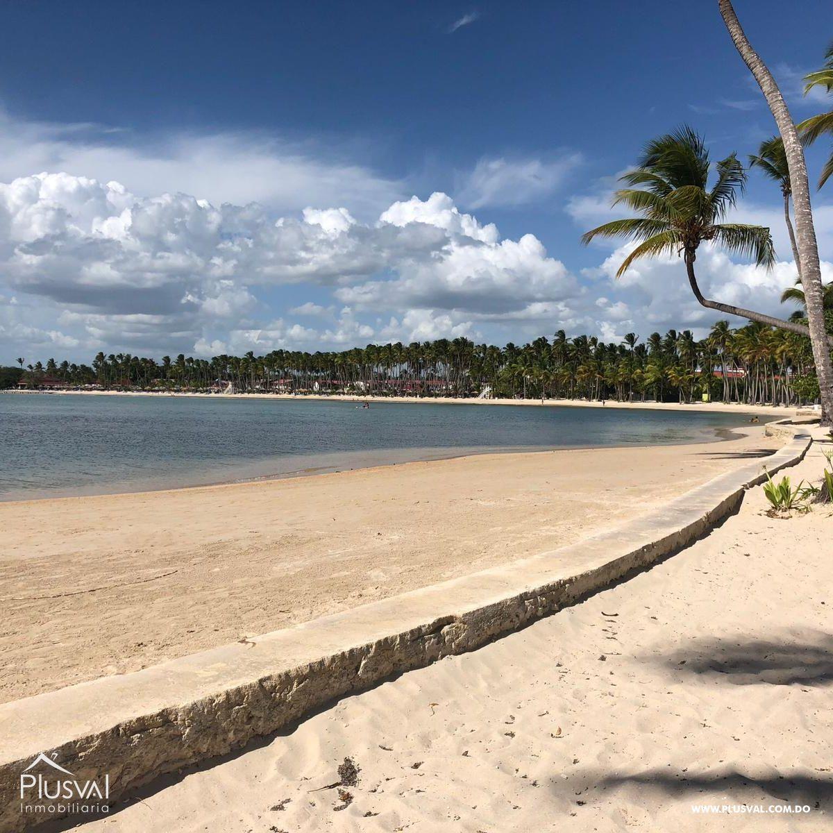 Apartamento de 2 habs en venta, en primera linea de playa La Romana 148322
