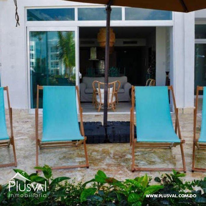 Apartamento de 2 habs en venta, en primera linea de playa La Romana 148323