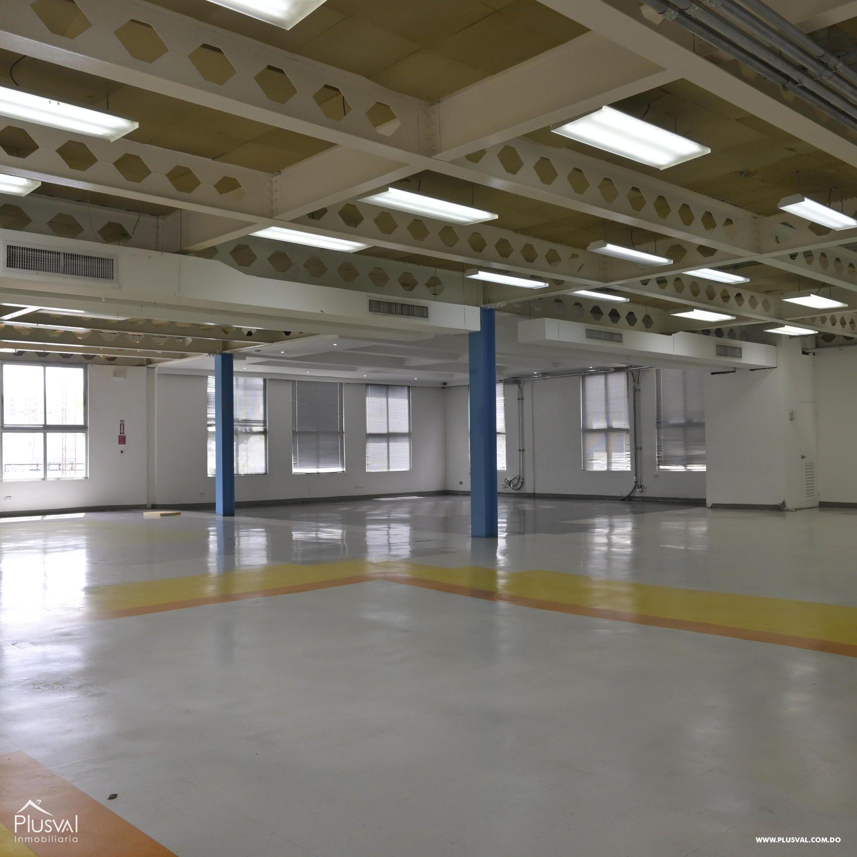 Moderno Edificio comercial - corporativo en venta y alquiler en Arroyo Hondo