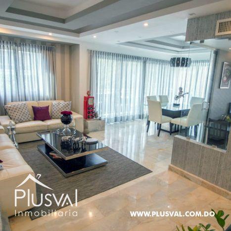 Hermoso apartamento en alquiler en torre moderna de Evaristo Morales