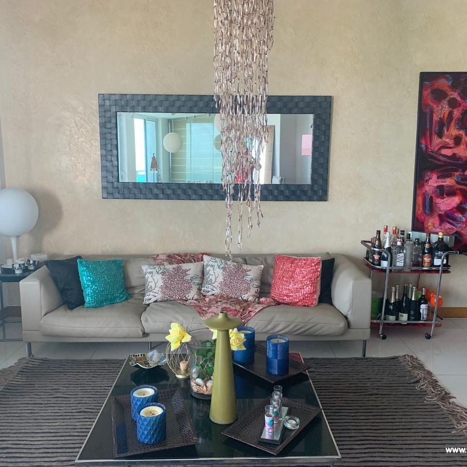 Bello apartamento en venta  en el Malecón 167512
