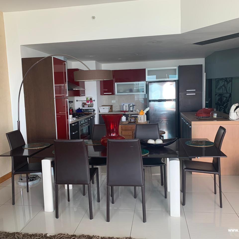 Bello apartamento en venta  en el Malecón 167513