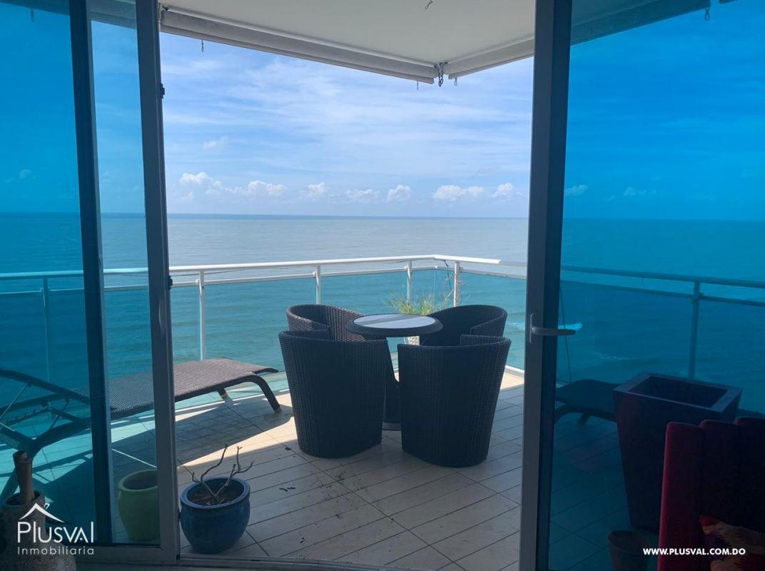 Bello apartamento en venta amueblado en el Malecón