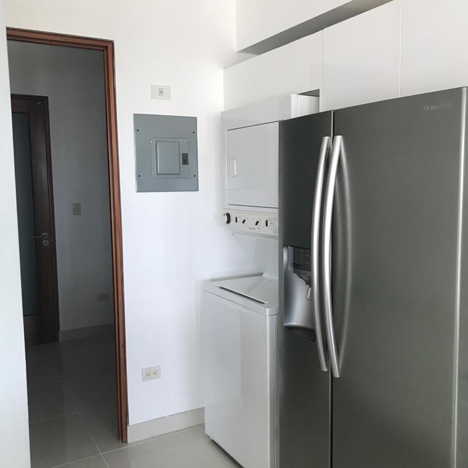 Apartamento en alquiler amueblado, Evaristo Morales 151399