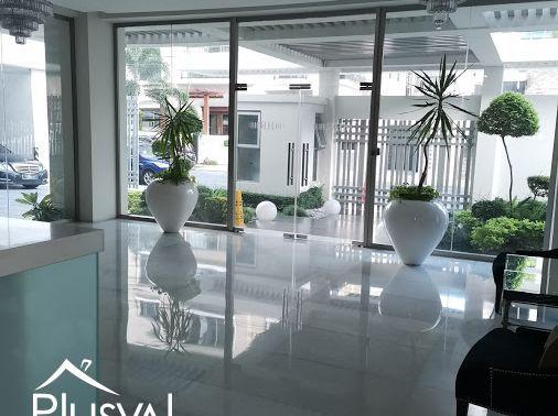 Este hermoso apartamento de 3 habitaciones se encuentra ubicada en Piantini