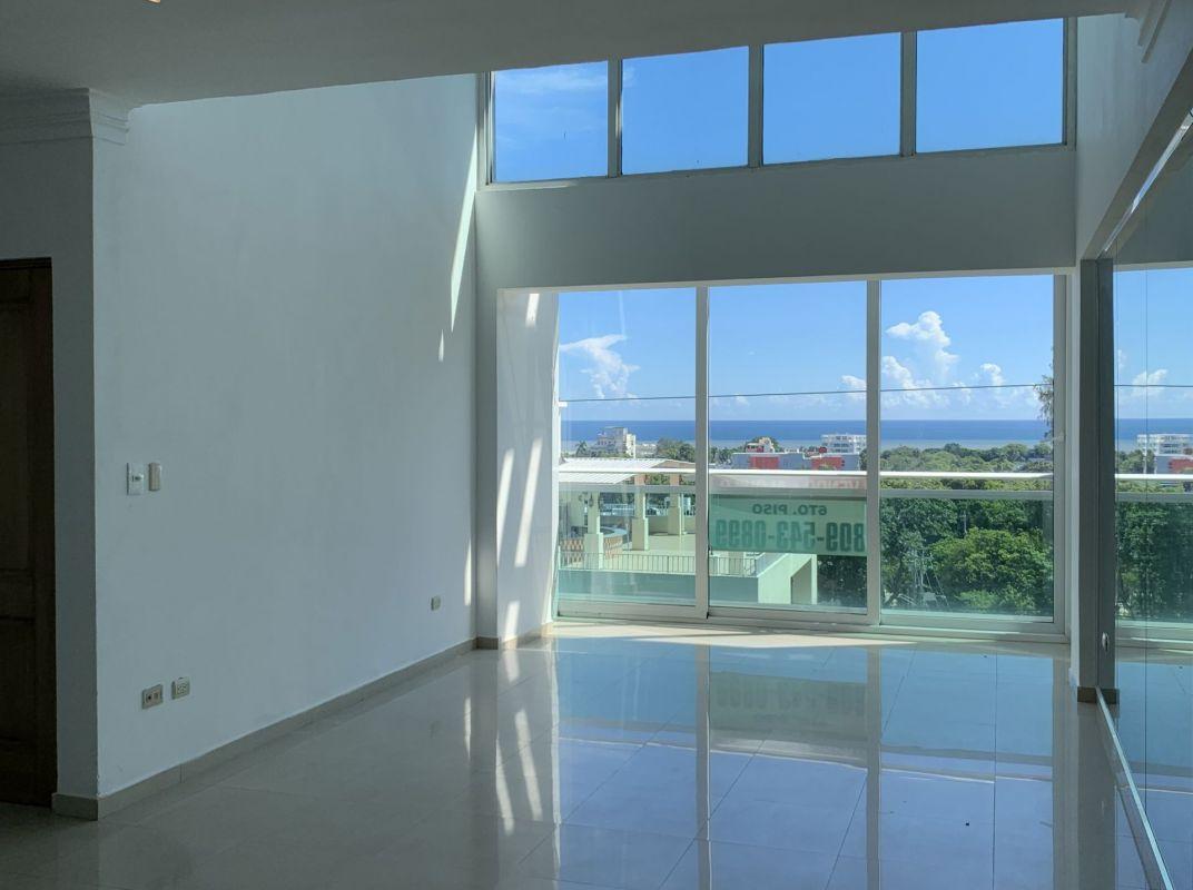 Penthouse en venta en Gazcue con amplia terraza