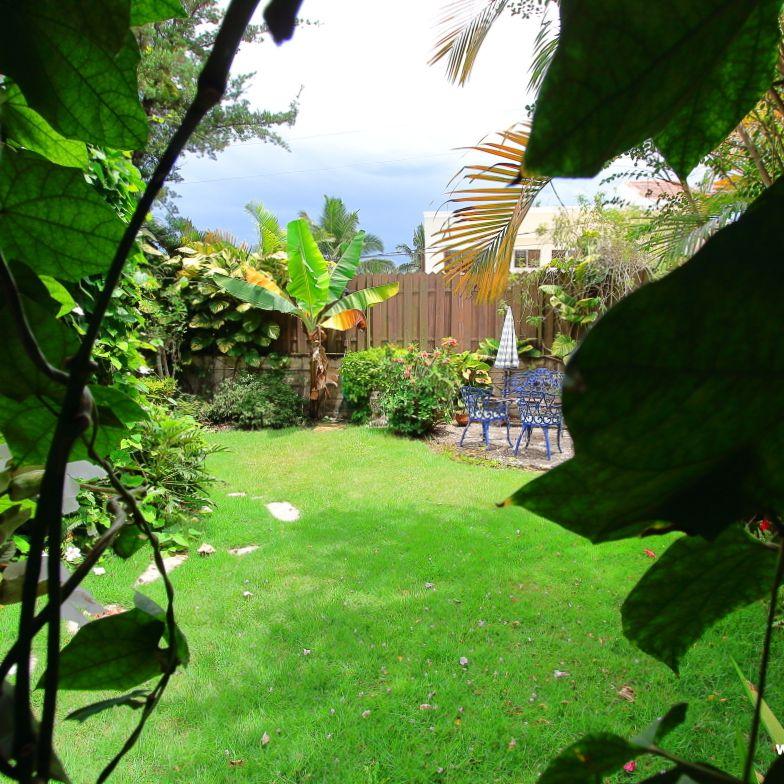 Casa en Venta con GRAN Patio en Altos de Arroyo Hondo III