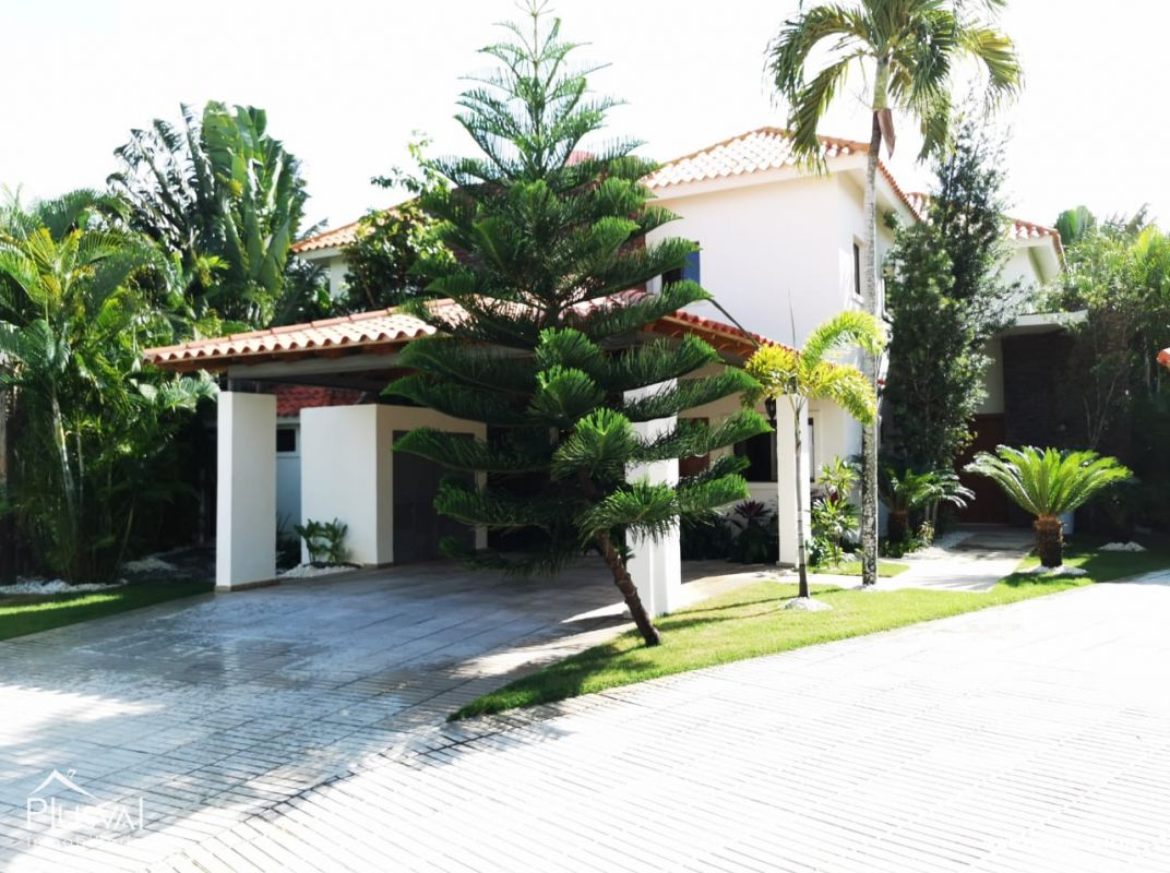 Preciosa Villa en venta, Juan Dolio