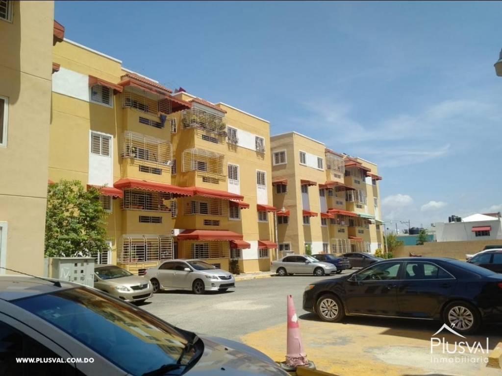 Apartamento en venta, entrando por la Av. España