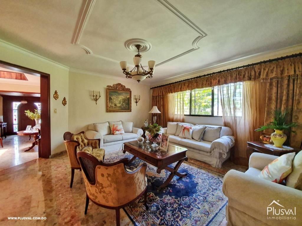 Casa en Venta Altos de Arroyo Hondo III con 6 Habitaciones y 6 Parqueos 139484
