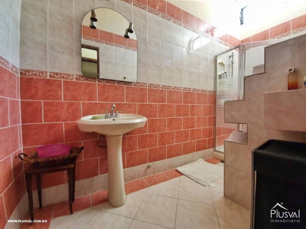 Casa en Venta Altos de Arroyo Hondo III con 6 Habitaciones y 6 Parqueos 139473