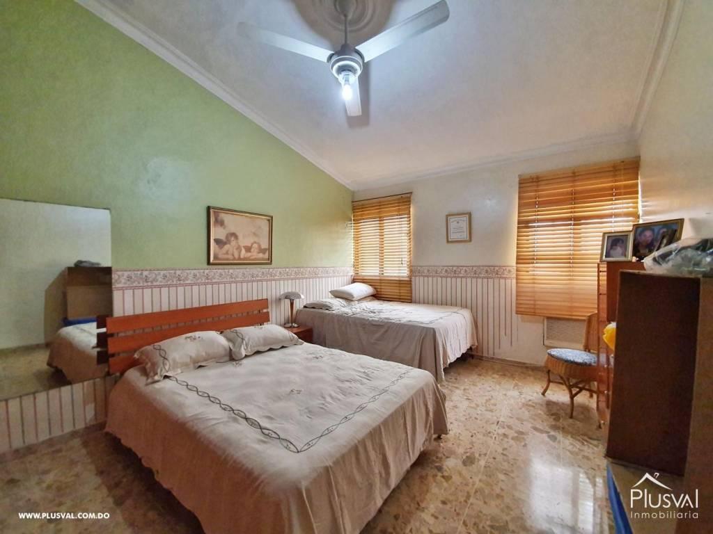 Casa en Venta Altos de Arroyo Hondo III con 6 Habitaciones y 6 Parqueos 139474