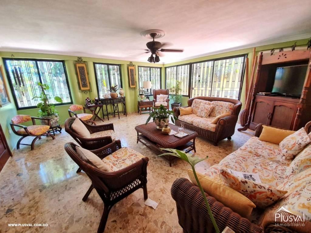 Casa en Venta Altos de Arroyo Hondo III con 6 Habitaciones y 6 Parqueos 139483