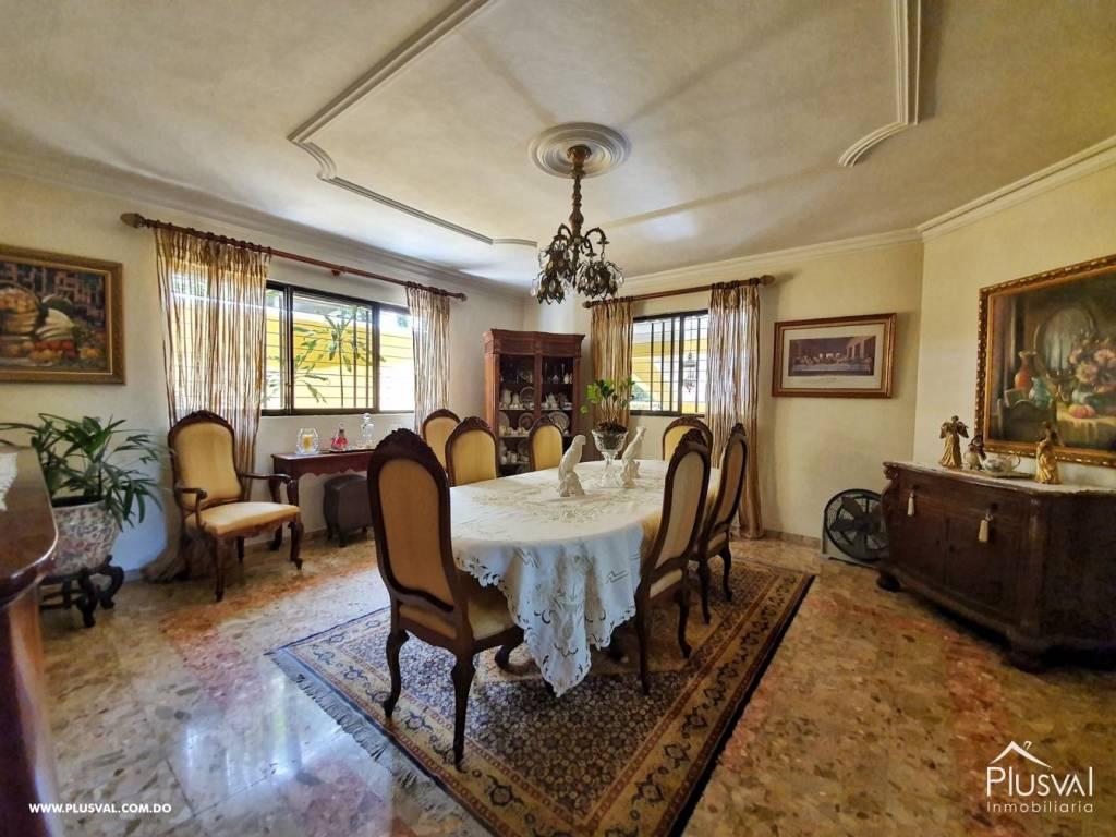Casa en Venta Altos de Arroyo Hondo III con 6 Habitaciones y 6 Parqueos 139485